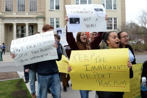 Union students, faculty rally for 'dignity and respect' for immigrants